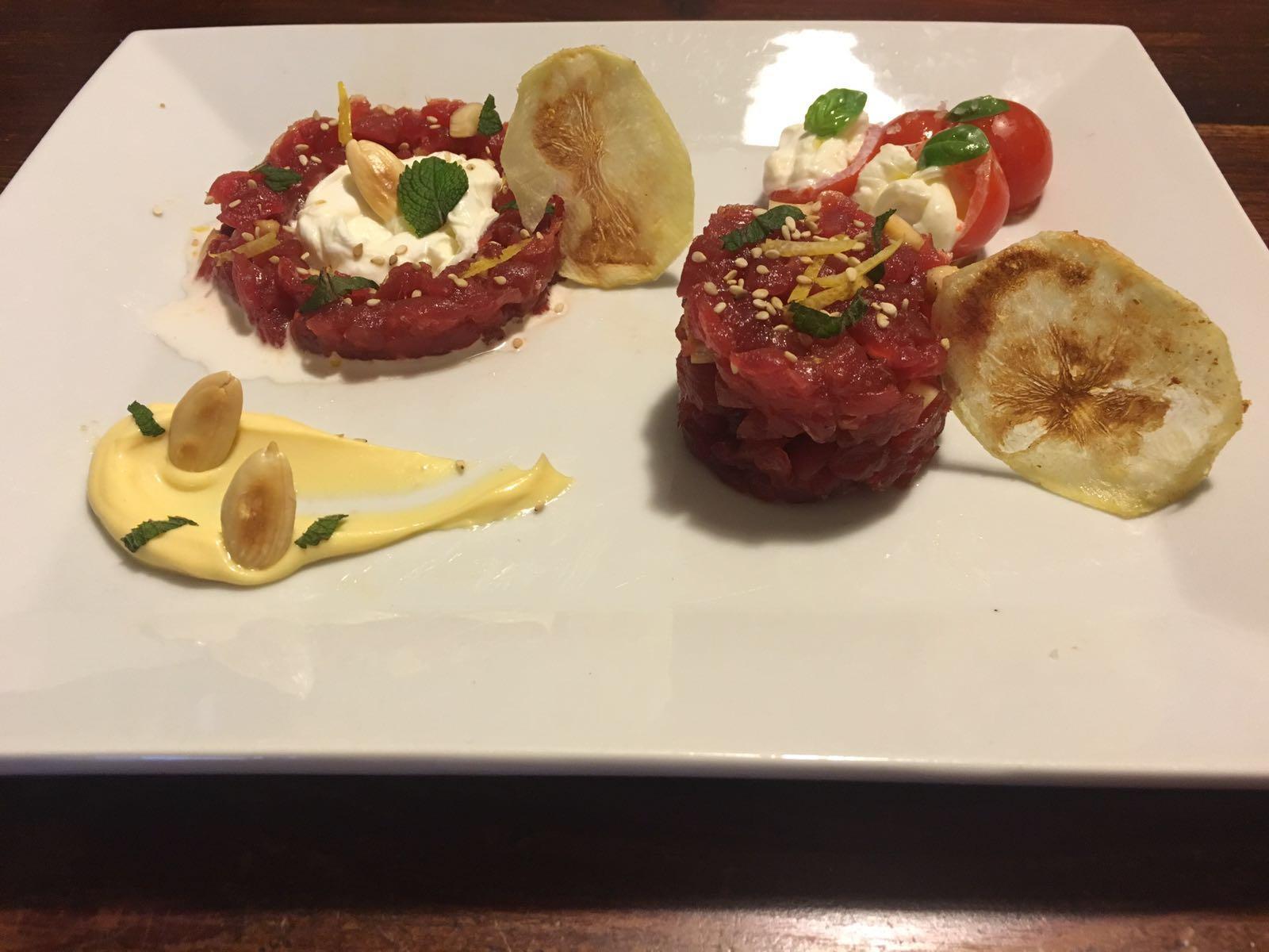 Tartara de atún rojo de Sicilia con Stracciatella Pugliese