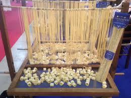 Die Pasta di Gragnano in Corsa wird ausschließlich aus Hartweizengrieß hergestellt