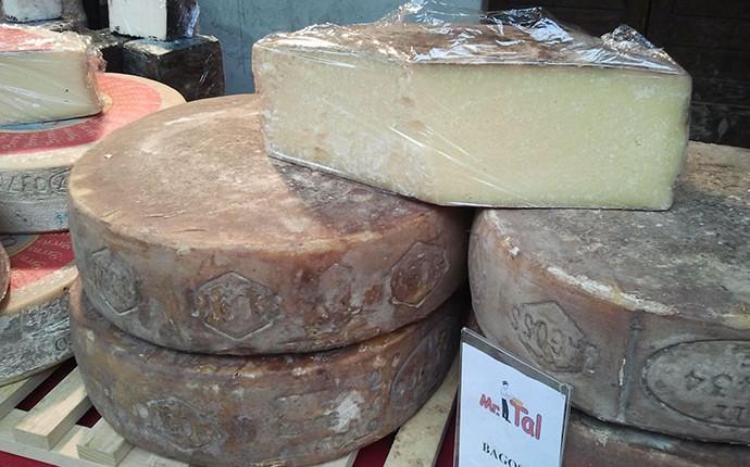 Bagoss : il  formaggio con un tocco di zafferano