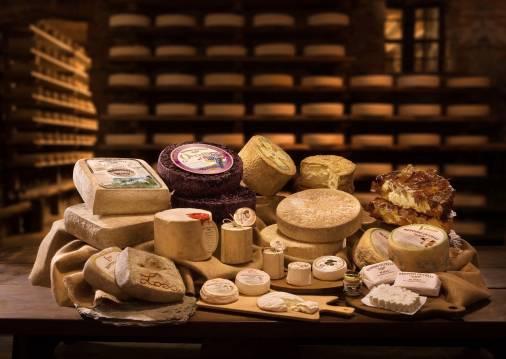 Beppino Occelli: ein Beispiel für italienische Exzellenz in der Welt der Butter und des Käses.