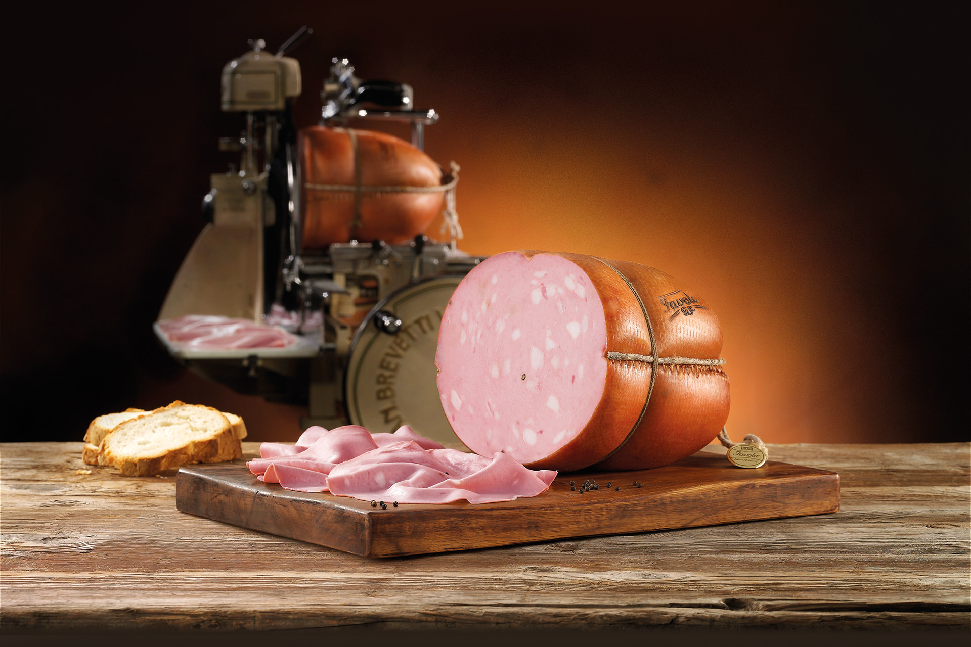 Favola is the one and only mortadella of the world stuffed and cooked in the natural pork rind.