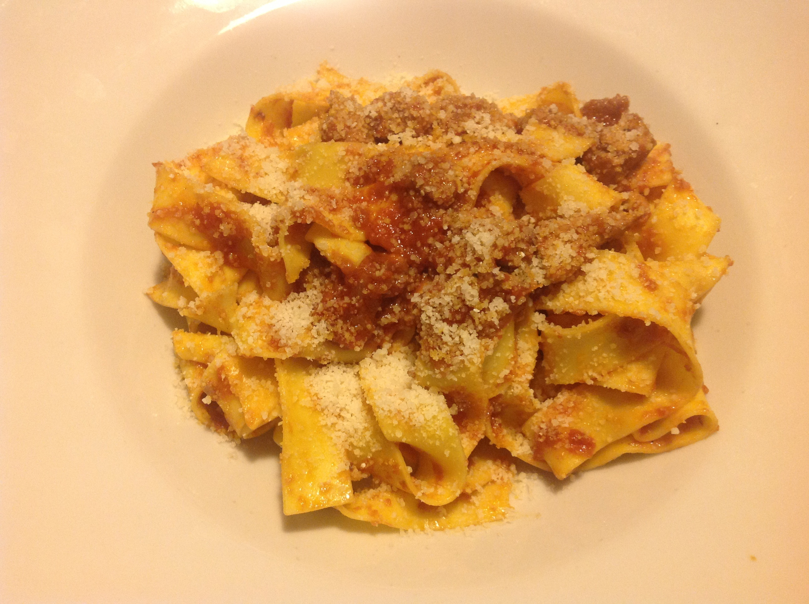 Pappardelle with ragù alla bolognese (cut with a knife)