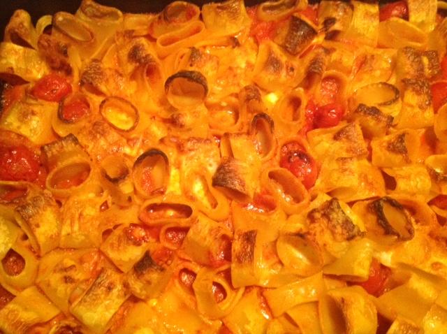 Calamarata Gragnano in Corsa con Tomates cherry - Casa Morana y Mozzarella de bufala campana