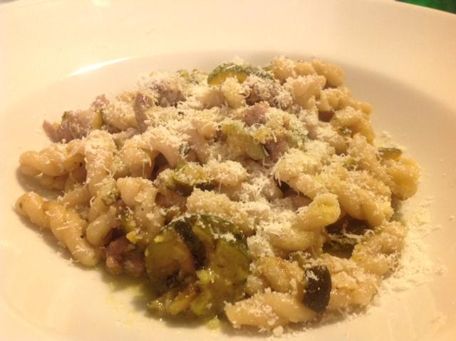 """Gemelli di Tumminìa """"Fastuchera"""" con zucchine e Salamelle """"Azienda Agricola Marchesini"""""""