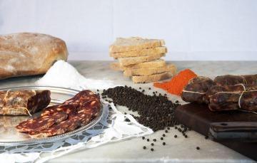 Das schwarze Schwein aus Kalabrien - qualitativ hochwertige Wurst aus alter Handwerkstradition