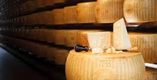 El Parmesano Reggiano que llega a una curacioon de 36 meses es sinonimo de excelencia y sabor