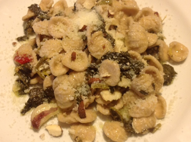 Wholemeal Orecchiette with Frijarielli and swordfish fillets