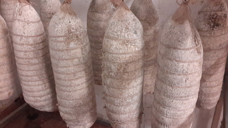 Bresaola Di Fassona Piemontese - Macelleria Mastra Alebardi